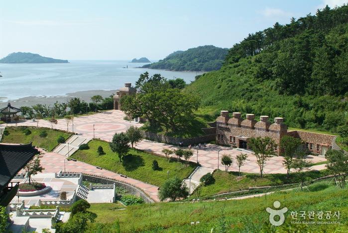 Birthplace of Baekje Buddhism (백제불교최초도래지)