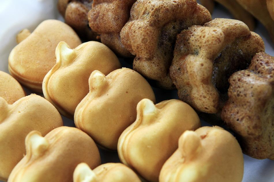 영주 특산물로 만든 선비골인삼사과빵의 사과빵