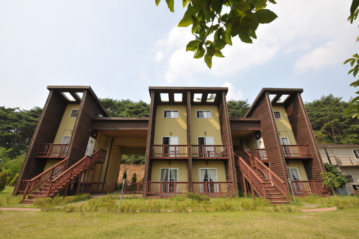 Underwind Tourist Farm  (바람아래관광농원) [한국관광품질인증제/ Korea Quality]