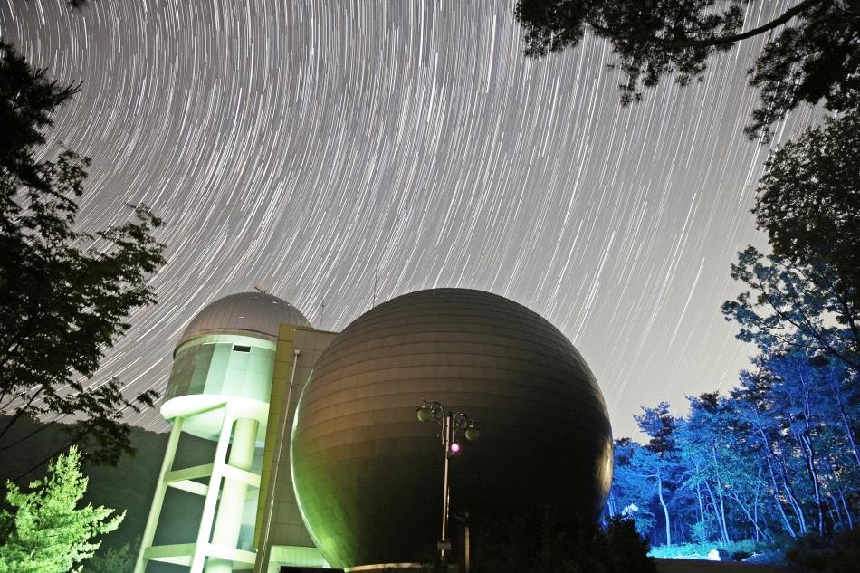 '거인의 눈동자'로 바라보는 지구 밖 신세계, 증평 좌구산천문대 사진