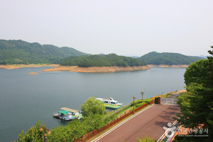 Daecheongho Lake ()