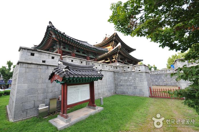 Ворота Пхуннаммун (전주 풍남문)4