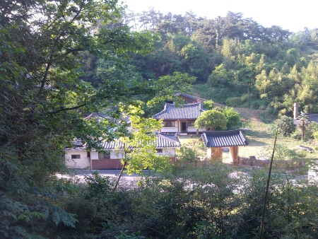 Suncheonman Bay Haeryongseong Fortress Gotaek (Old House) (순천만해룡성고택)[한국관광품질인증/Korea Quality]