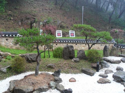 Центр дружбы народов Кореи и Японии в уезде Тальсон (달성 한일우호관)4