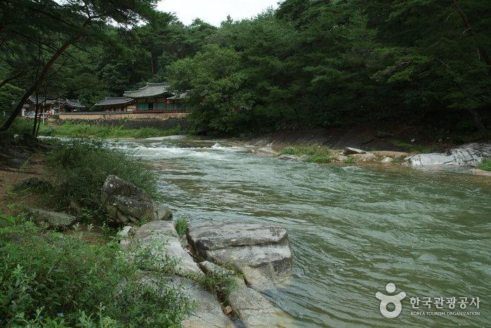 La vallée Seokcheon (석천계곡)