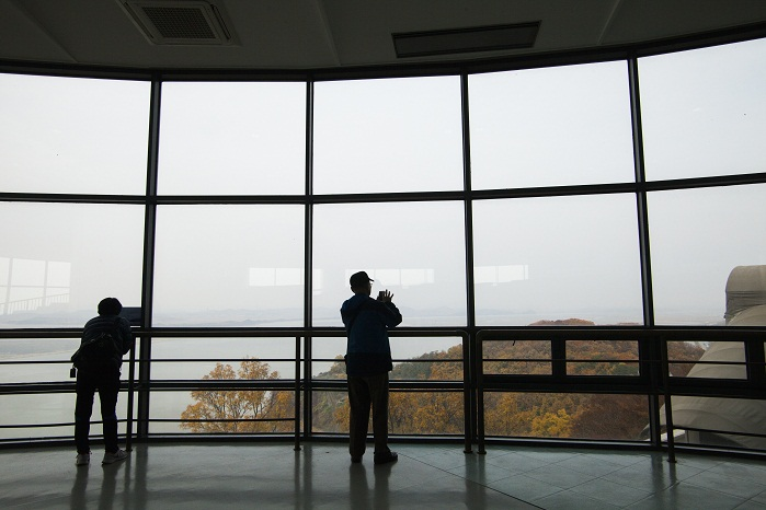 북한 땅이 한눈에, 통일을 염원하는 전망대