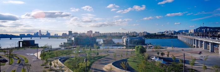 盤浦漢江公園(반포한강공원)