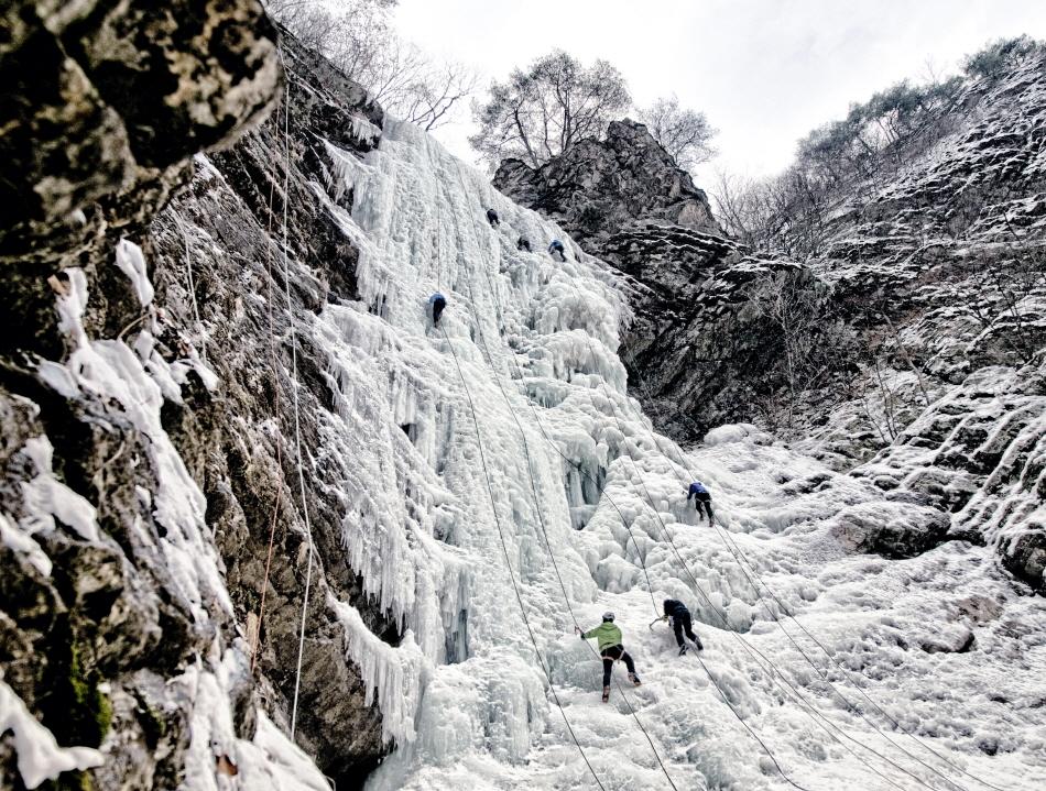 구곡폭포 빙벽 등반