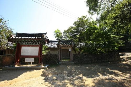 Asan Maengssi Haengdan House - Maeng Sa-seong House (아산 맹씨행단(맹사성 고택)