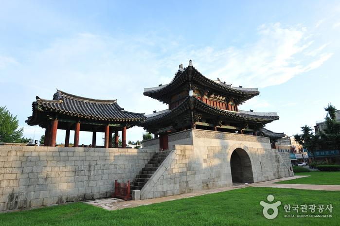 Ворота Пхуннаммун (전주 풍남문)3