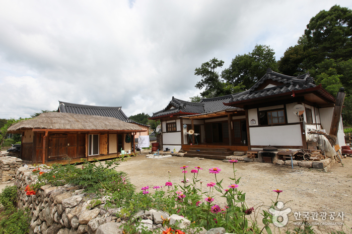 Yeongju Museom Village ( )