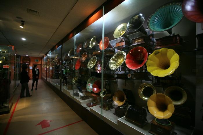 참소리 축음기박물관의 내부전경