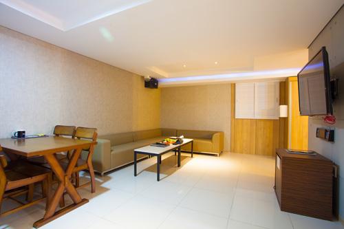 栄州温泉ホテル (영주온천호텔 )