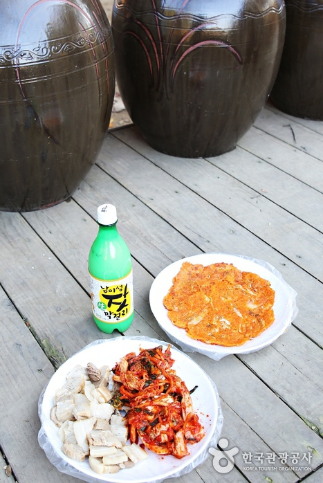 김장김치와 수육, 막걸리의 맛있는 조화
