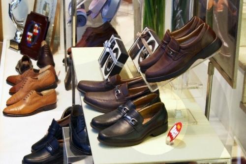 金刚制鞋(钟路分店)금강제화(종로지점)