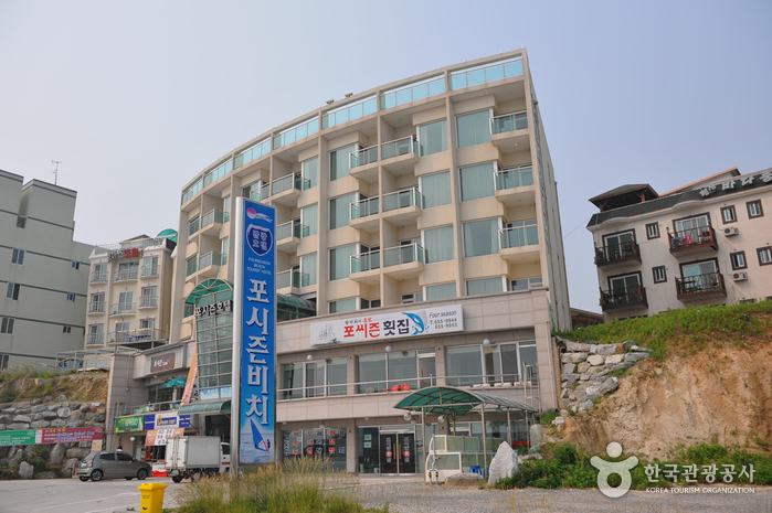 Four Season Hotel Gangneung (포씨즌비치관광호텔)