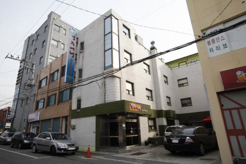 Gyeongju Tour Guesthouse  - Goodstay (경주여행게스트하우스 [우수숙박시설 굿스테이])