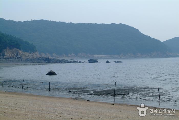実尾海水浴場(실미해수욕장)