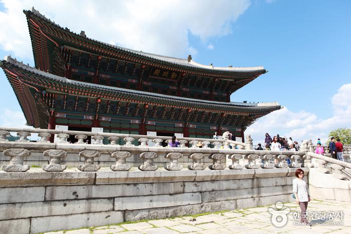 Palais Gyeongbokgung (경복궁)