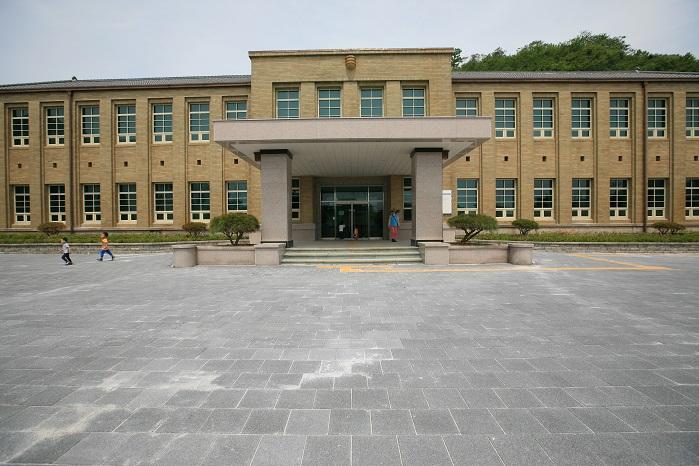 통영시립박물관(구 통영군청)