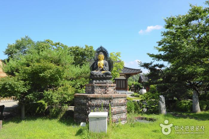 Музей буддийского искусства Мога (목아박물관)11