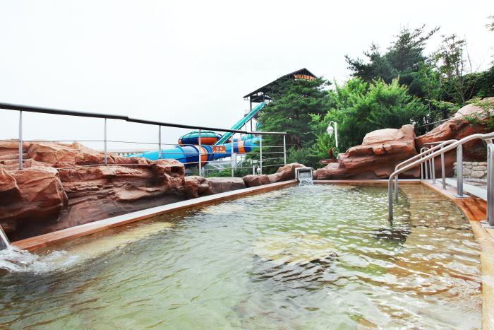 Hanwha Resort Seorak Waterpia (한화리조트 설악 워터피아)