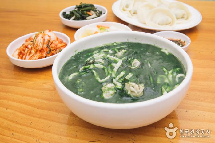 Mokcheon家(安可刀切麵)<br>(목천집 (앵콜칼국수))