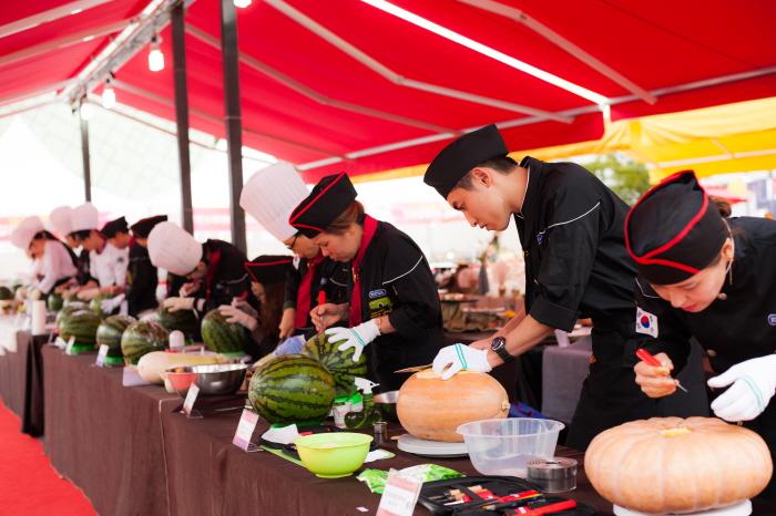 全州拌飯節(전주비빔밥축제)