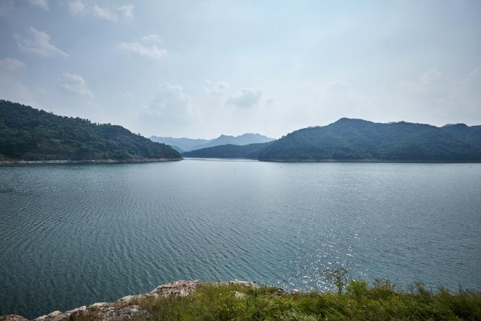 耽津江(탐진강)