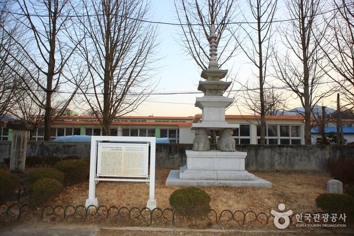 함안주리사지사자석탑