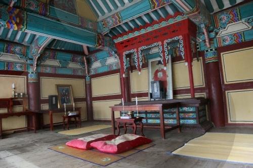 Родовая молельня Чхунминса в Йосу (여수 충민사)6