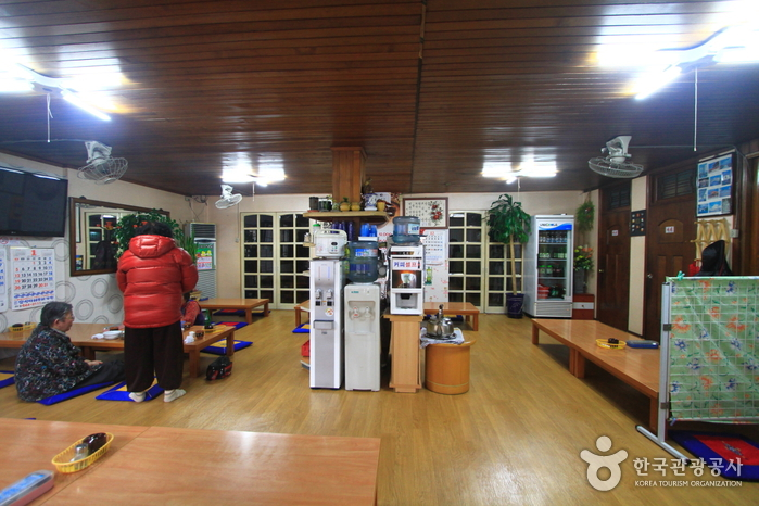Seoul Samgyetang - Choryang Branch (서울삼계탕(초량분점))