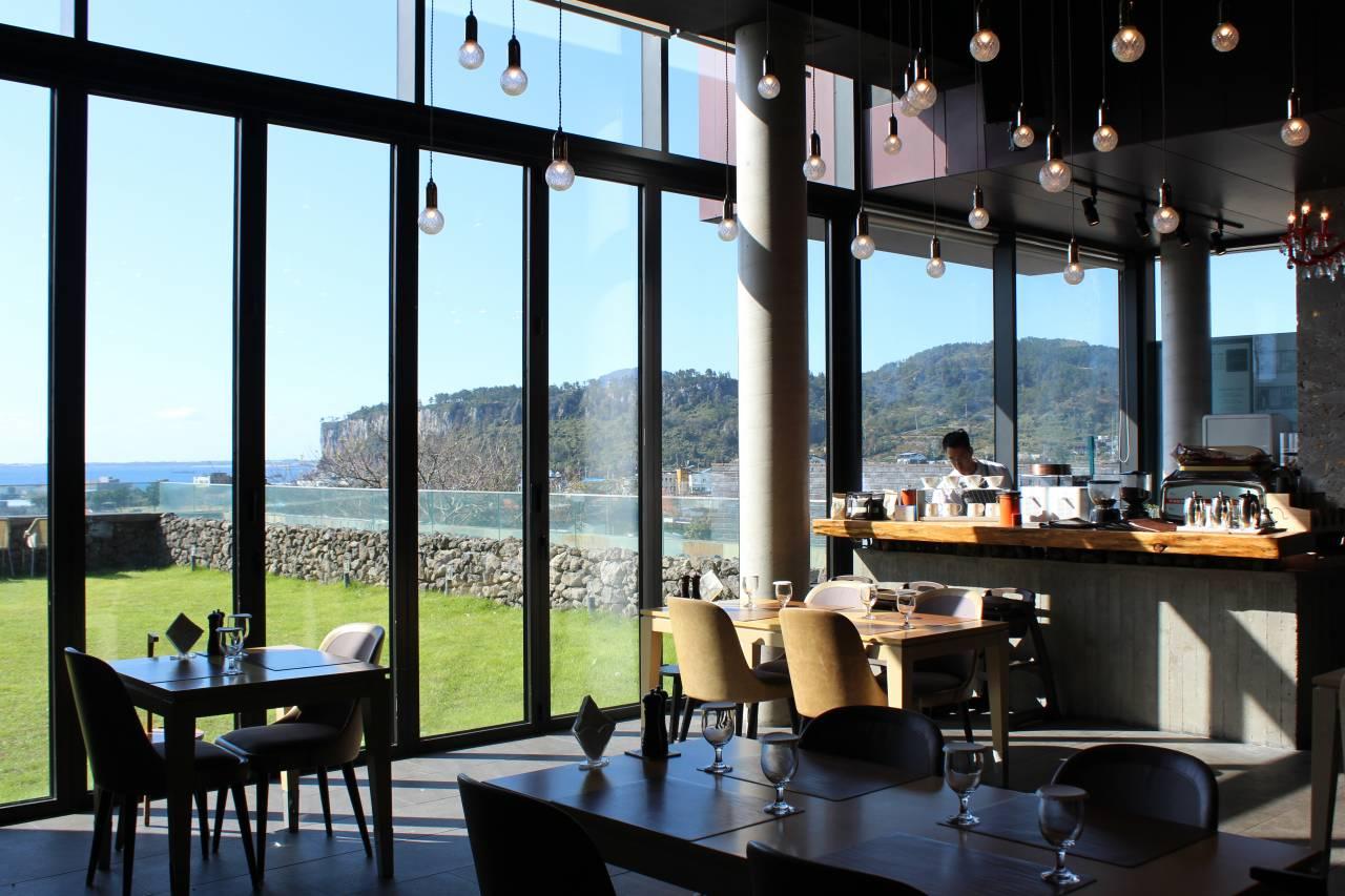 NARNIA Restaurant&Cafe(나니아레스토랑)