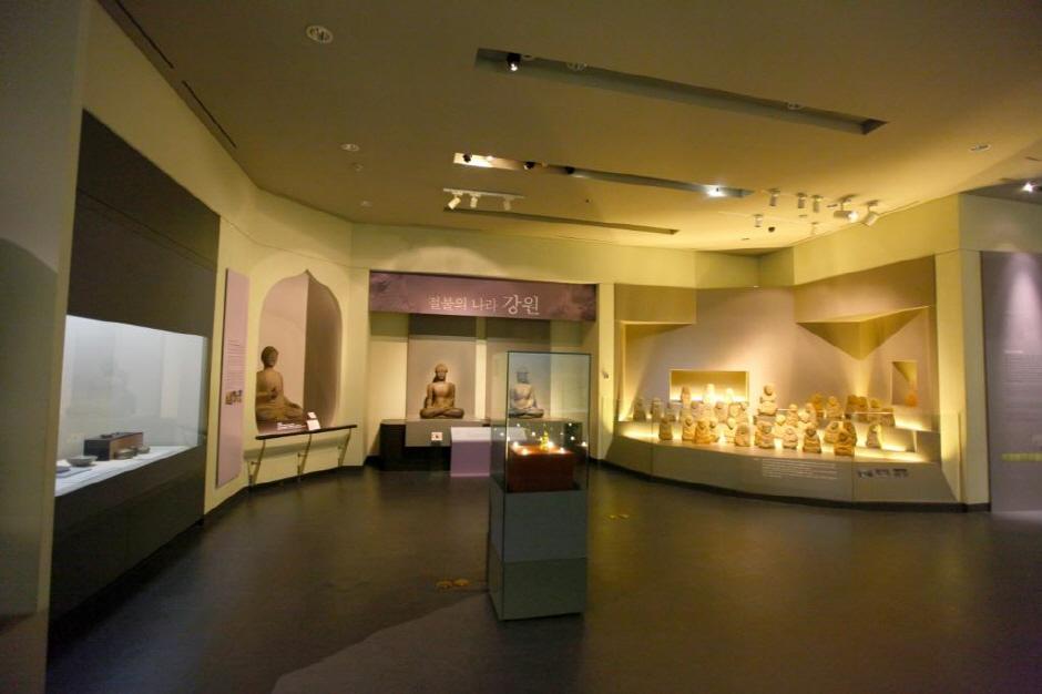 国立春川博物館(국립춘천박물관)