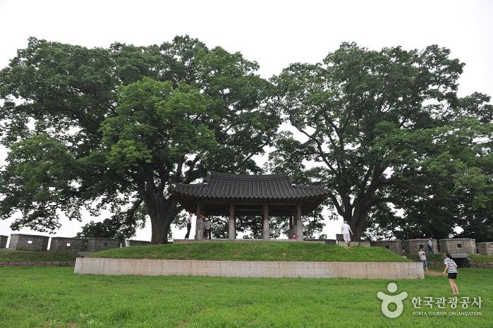 Pavillon Yeonmijeong (연미정)
