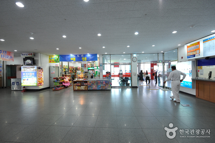 Jeonju Intercity Bus Terminal (전주시외버스터미널)