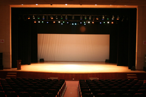 Sokcho Culture Center (속초문화회관)