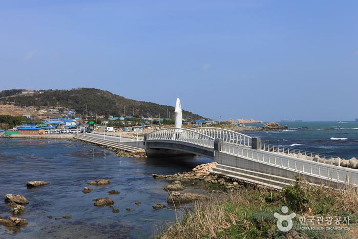 Seuldo Island (슬도)