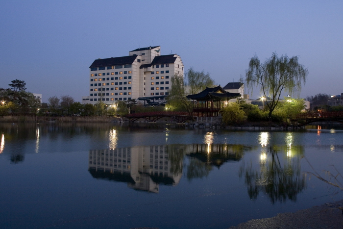 Hotel Miranda (미란다 호텔)