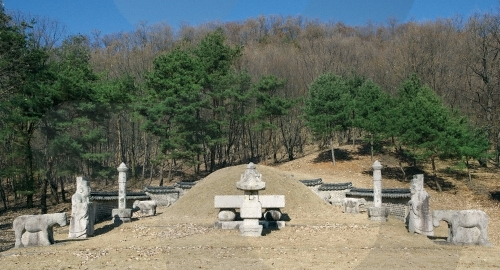 Yangju Olleung Royal Tomb [UNESCO World Heritage] (양주 온릉 [유네스코 세계문화유산])