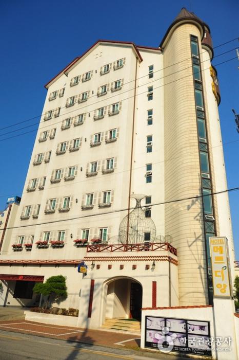 Merdian Hotel Donghae - Goodstay (메르디앙 호텔 동해 [우수숙박시설 굿스테이])