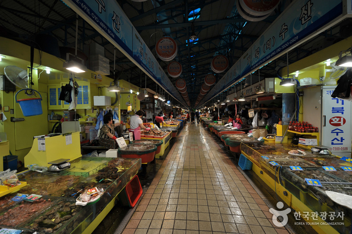 Marché aux poissons d'Incheon (인천 종합어시장)