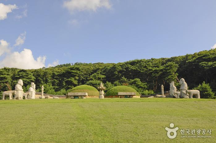 Gimpo Jangneung [UNESCO World Heritage] (김포 장릉(인헌왕후) [유네스코 세계문화유산])
