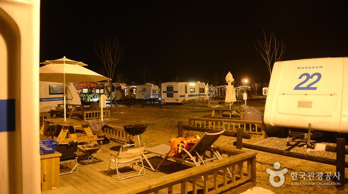 파라다이스 스파 도고 카라반 캠핑장