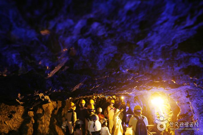 광명 가학광산동굴 내부