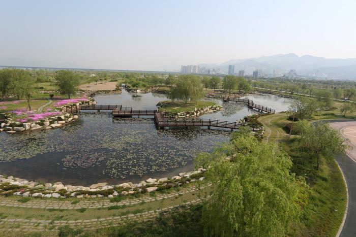 Samnak Ecology Park (삼락생태공원)