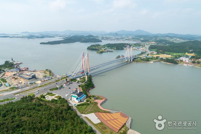 Jindodaegyo Bridge (진도대교)