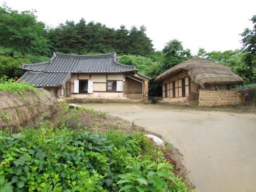 Wanggok Village (왕곡마을)