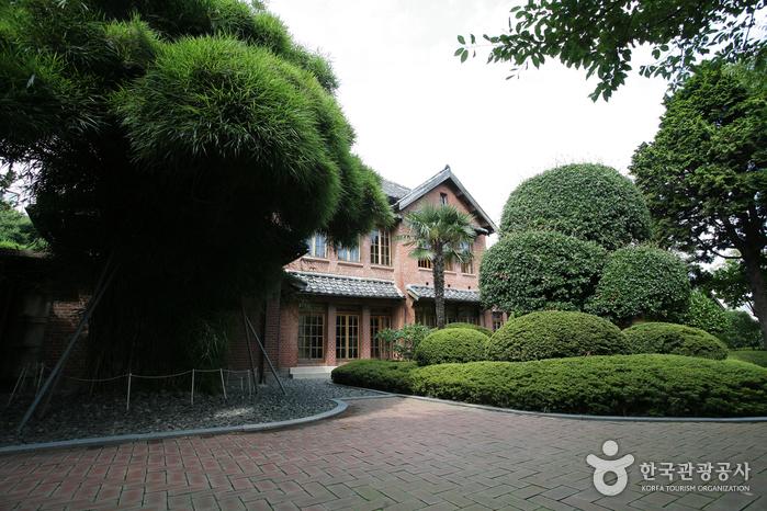 Мемориальный холл (임시수도기념관)7