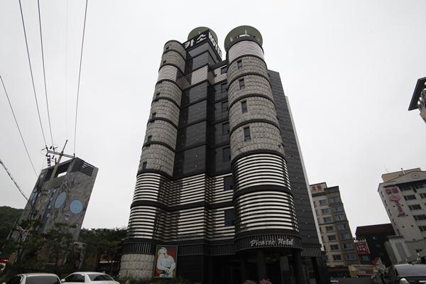 Picaso Hotel (피카소호텔)